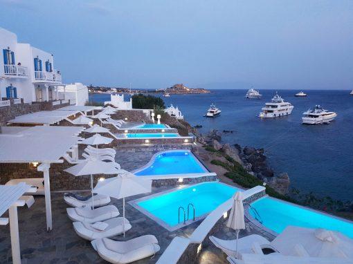 PETASSOS BEACH & BAY HOTEL